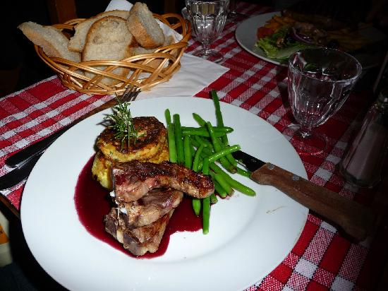 Mojo's: A sample of the food at Mojo bar, Serre Chevalier