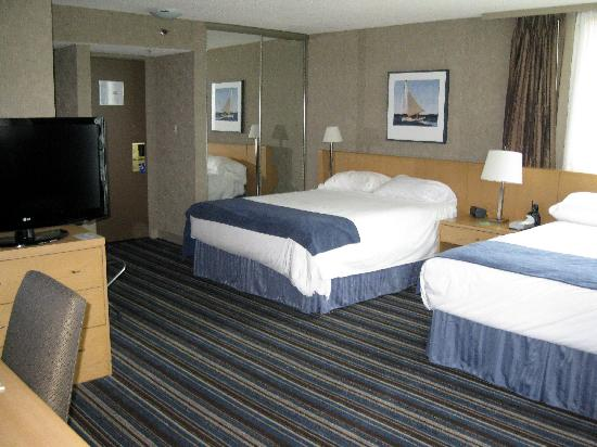 Blue Horizon Hotel: Room 1908, twin room