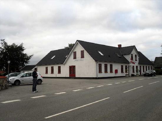 Skjoldbjerg Garnihotel : vista dall'esterno