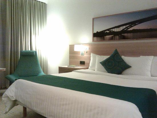Courtyard by Marriott Stockholm Kungsholmen: Double bed