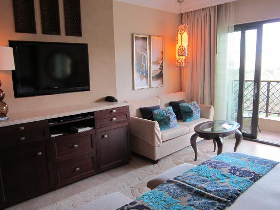 The Palace at One&Only Royal Mirage Dubai: Luxurious bedroom