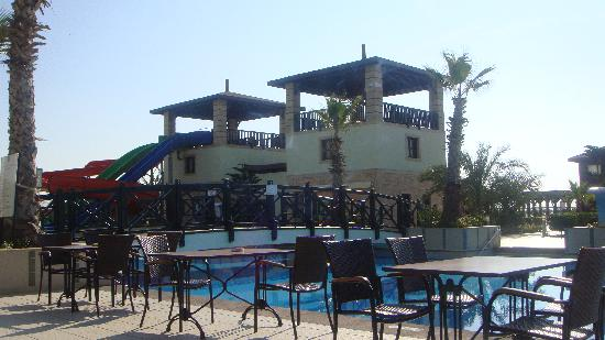 Vera Mare Resort: piscine extérieure