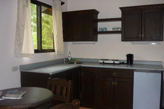 La Cacatua Lodge: Nice kitchen
