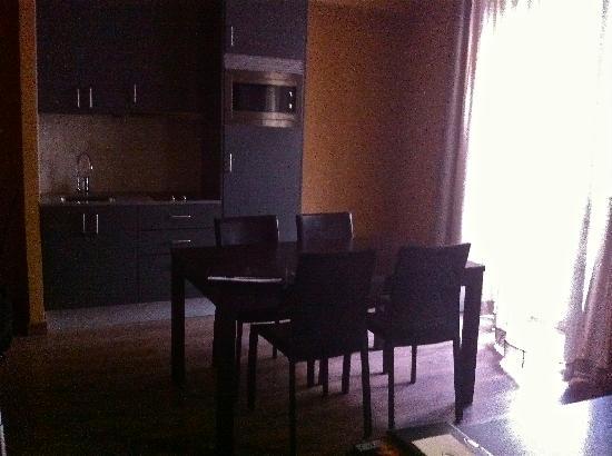 Nord 1901: Vista cocina americana suite