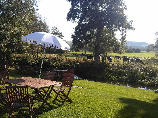 The Prince Leopold: Beer Garden a touch of Hevan