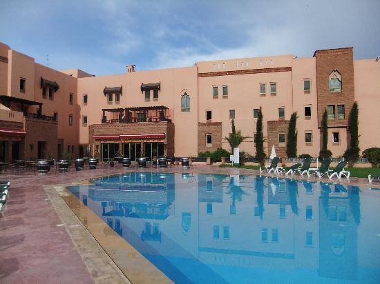 Ibis Marrakech Palmeraie: Hotel mit Pool