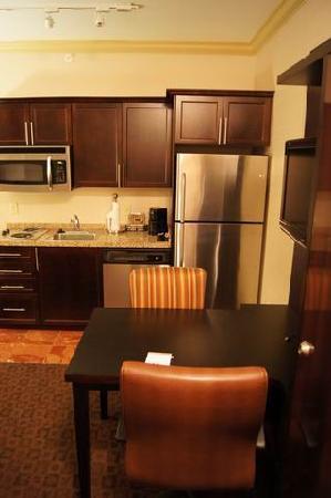 Hawthorn Suites by Wyndham West Palm Beach: 1