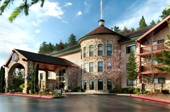 Hilton Santa Cruz / Scotts Valley: Hotel Exterior