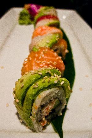 Koi Lounge Bangkok : california roll