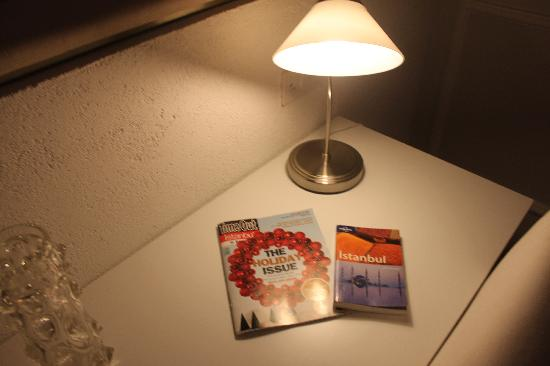 212 Istanbul Suites: Guides in everyroom