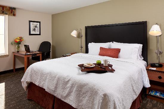 Hampton Inn and Suites Seattle North Lynnwood