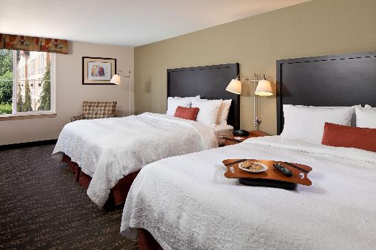 Hampton Inn and Suites Seattle North Lynnwood: Double King (two king beds),
