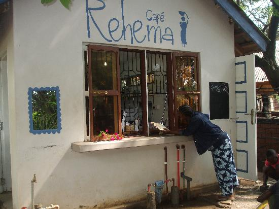Rehema Cafe : The front of the cafe