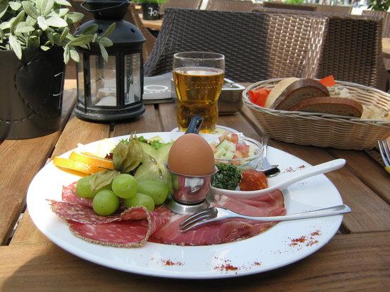 Central Restaurant Cafe Bar: la mia colazione!!