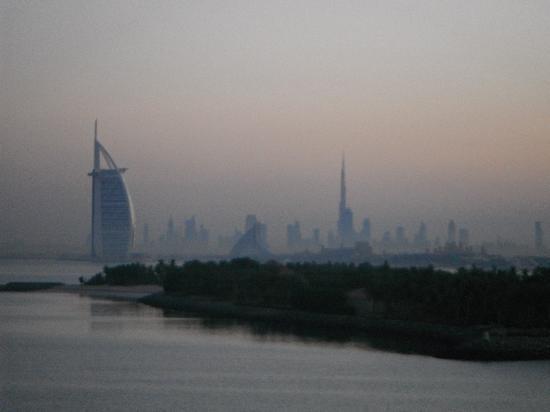 Royal Club Palm Jumeirah : good morning Dubai view from room