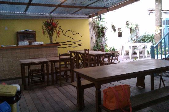 The Mango Tree: Bar