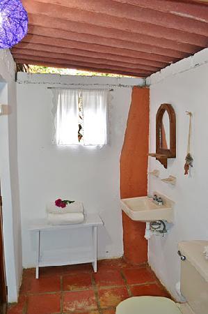 Cabanas La Joya de Yelapa: Bathroom