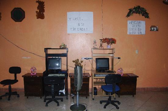 Estancia Mar Dulce: Computer Area