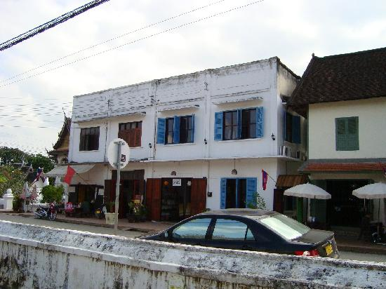 Halolao Villa: Exterior of the Apartment