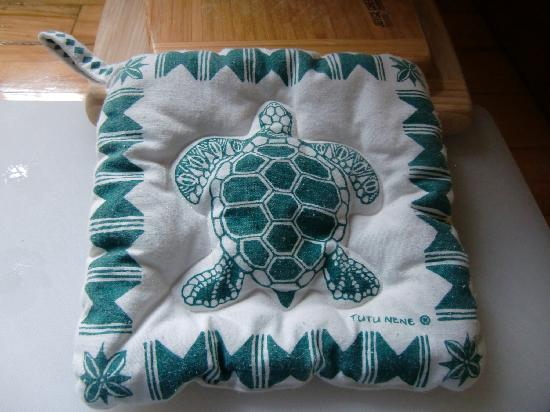 Crater Rim Cabin: Sea Turtle Potholder