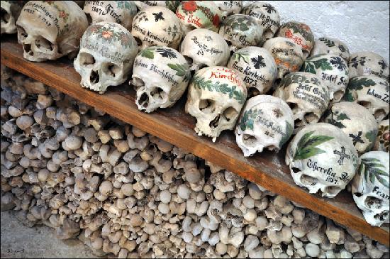 Hallstatt Ossuary: Halsstatt Ossuary