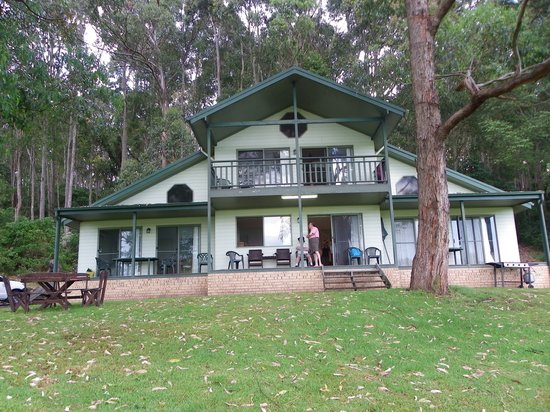 Shoalhaven Lodge: The lodges were well appointed.