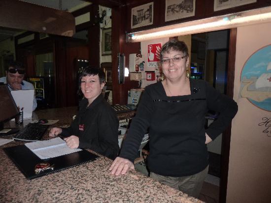 Hotel La Pace : Giorgia und Regina