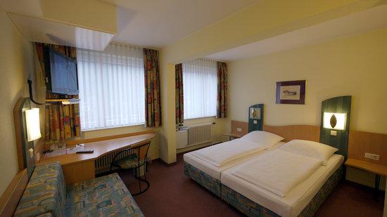 Remagen, Germany: Hotel Pinger Superior Room