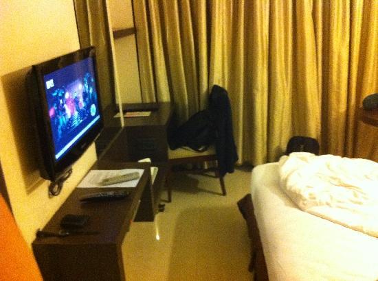 Hotel Silver Inn: good tv