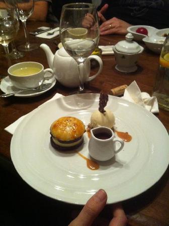 Hanamal 24: Brownie and Creme Brulle dessert