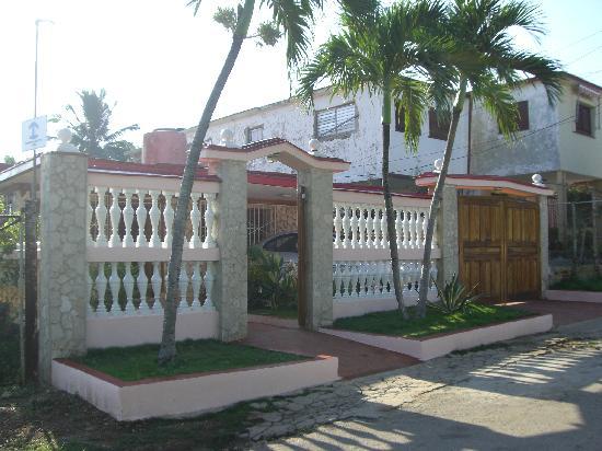 Casa Miguel: House