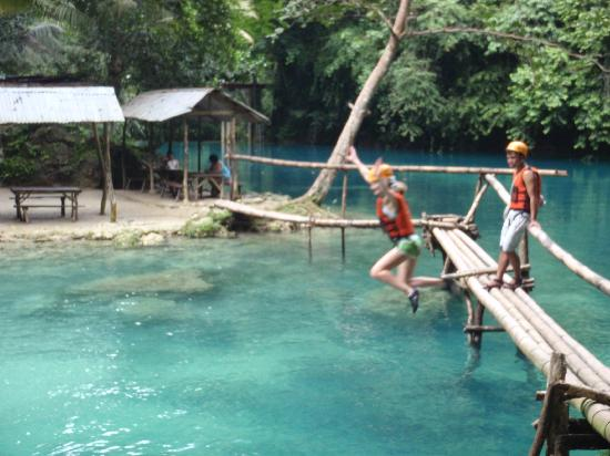 Kawasan Falls: Jumping into the water for the first time.