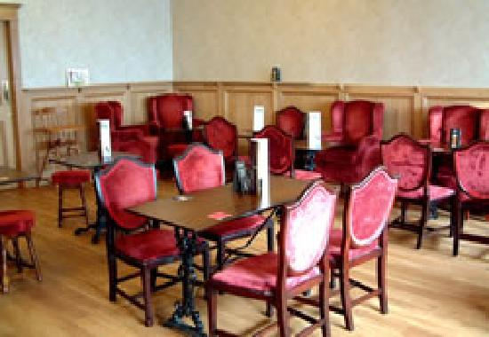 Corbie Inn: Bar Food Area