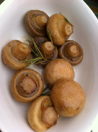 Haret Jdoudna: my fav: fresh button mushrooms