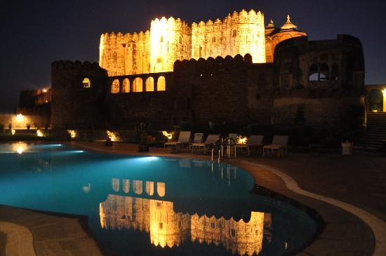Fort Khejarla: Fort Exterior