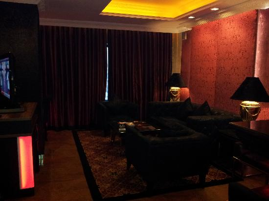 ABC Hotel: Living room