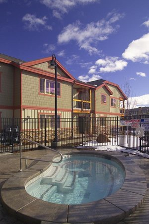 Bear Hollow Village: Hot Tub (All Seasons Resort Lodging)