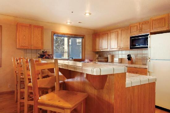 All Seasons Condominiums: Guest Kitchen