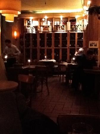 Hugo Wine & Dine : hugos