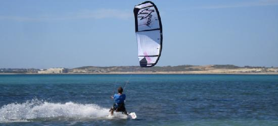 The Kitesurf Centre: Kitesurfing