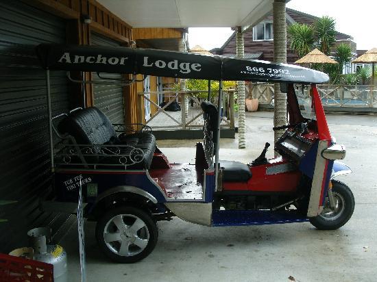 Anchor Lodge Coromandel: Hauseigenes Taxi