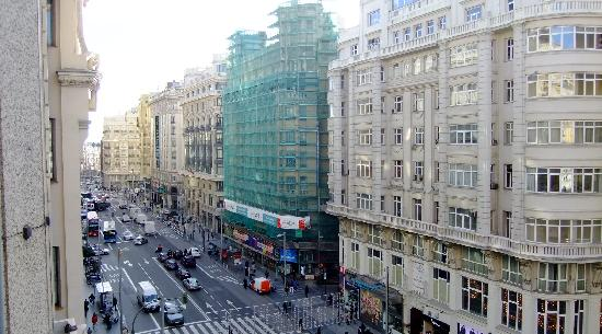 Tryp Madrid Cibeles Hotel : View from room