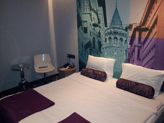 City By Molton Hotels: Odadan Görünüm
