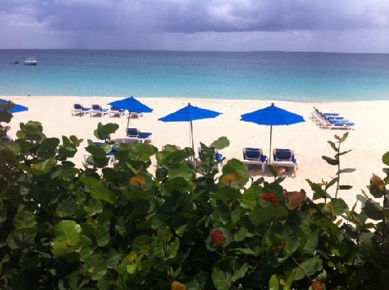 Meads Bay Beach Villas: beach view :)
