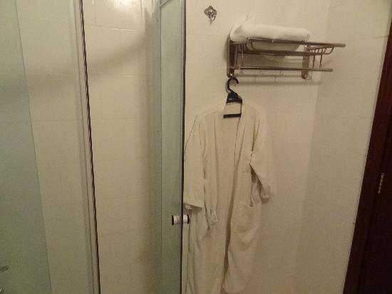 Alnoran Hotel: and a bathrobe