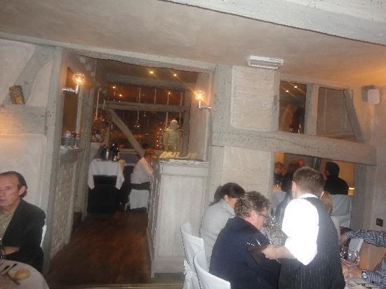 Hotel Restaurant Le Clos des Recollets: vue de la salle de restaurant