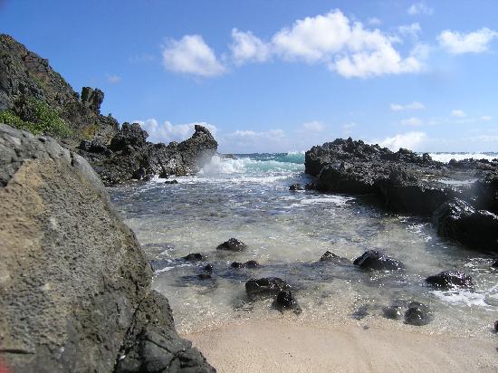 Na Mokulua Hawai: Picture Of Twogood Kayaks Mokulua Islands