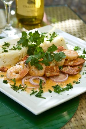 Eva's Bistro: Shrimp and Chorizo entree