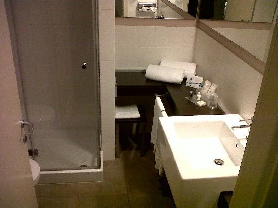 HC3 Hotel: Salle de bain