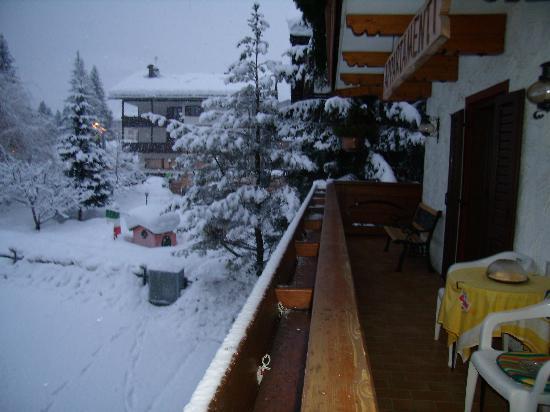 Residence Kamerloy : Dal balcone del nostro (si fa per dire) appartamento!